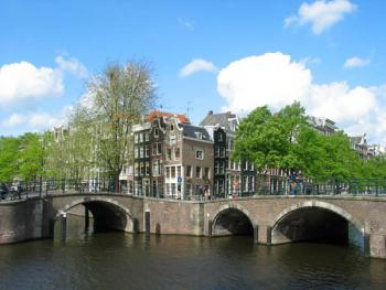 bridge_at_reguliersgracht_eastern_ring_1_.jpg