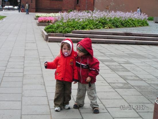 post-20635-1186518854_thumb.jpg