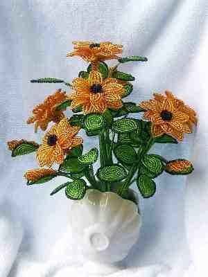 Фантазийные цветы из бисера Чаще всего .