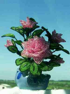 Маргарита Черепанова - цветы и деревья из бисера.